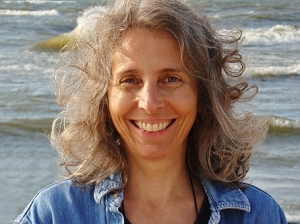 Lisa Lenzo